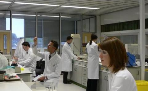 영국의 창업 인큐베이터   '바이오시티 노팅엄'. 현재 89개 스타트업이 입주해 생물의약품을 개발 중이다.  http://www.biocity.co.uk/