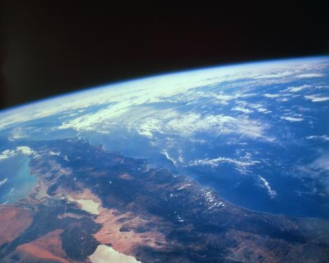 과학자는 지구 이외에 생명체가 살 수 있는 행성에 대한 연구를 많이 진행해왔다. 그 중에서도 화성은 그 가능성이 가장 높은 행성으로 알려져있으며, 실제로 화성에서는 물이 흘렀던 흔적이 발견되기도 하였다.  ⓒ ScienceTimes