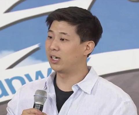 한국의 식량 문제를 해결하기 위해 식물공장 사업에 뛰어든 만나씨이에이(MANNACEA)의 박아론 대표. 아쿠아포닉스 등 최첨단 기술을 개발해 선보이고 있는 중이다.  ⓒ YTN