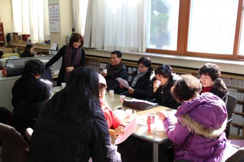 수필로 지역의 명소를 소개하는 '우리마을 이야기꾼 지식회사' 프로그램.