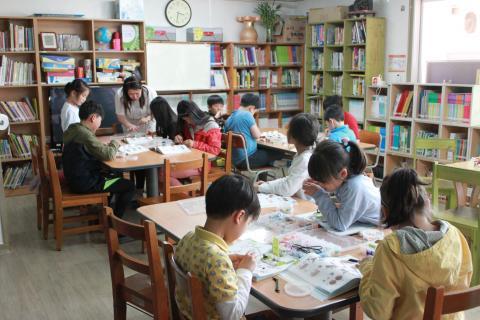 호서대 무한상상실에서는 지역아동센터를 찾아가 소외된 아이들에게도 무한상상의 기회를 제공하고 있다. ⓒ ScienceTimes