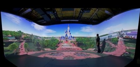 디즈니는 테마파크의 콘텐츠를 가상현실로 만드는 연구에 주력하고 있다
