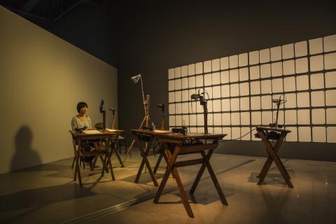 패트릭 트레셋 (Patrick Tresset)의 '폴이라는 이름의 다섯 로봇' ⓒ 국립현대미술관 서울관