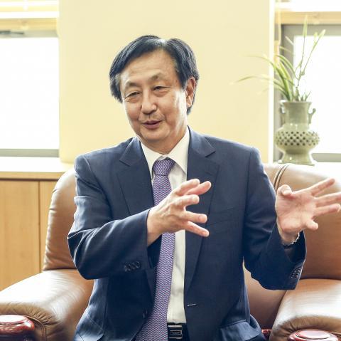 한국생산기술연구원의 역할과 비전에 대해 설명하는 이영수 원장  ⓒ KITECH