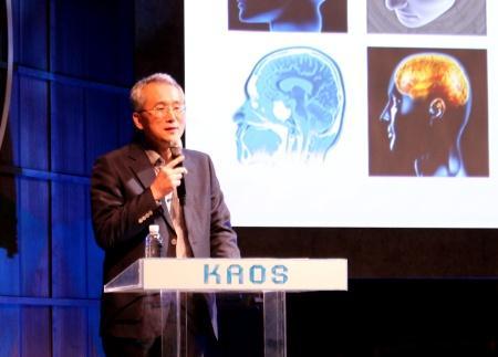 지난 11일 한남동 블루스퀘어에서 김은준 교수가 카오스재단의 뇌과학 강연을 진행하고 있다. ⓒ 황정은/ ScienceTimes