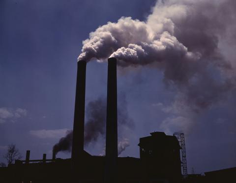초미세물질이 국경을 넘나들면서 연간 345만 명이 호흡기 질환, 심혈관계 질병 등으로 조기사망하고 있다는 연구 결과가 발표됐다.  ⓒ Wikipedia