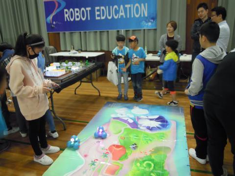 전북 봉동초등학교 SW축제를 즐기고 있는 아이들. ⓒ 김지혜/ScienceTimes