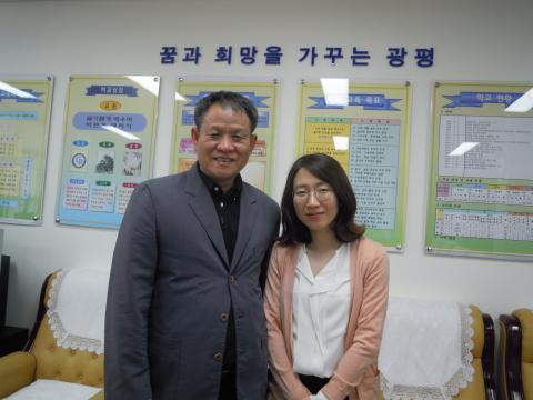 광평중의 소프트웨어 수업을 적극적으로 지지해주고 있는 정부천 교장 선생님(왼쪽)과 노경보 선생님(오른쪽) ⓒ 김지혜/ScienceTimes