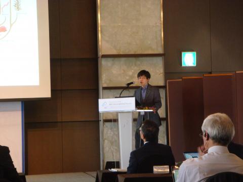 김진수 IBS 단장이 '유전자 가위 기술의 첨단영역'이라는 주제로 발표했다.