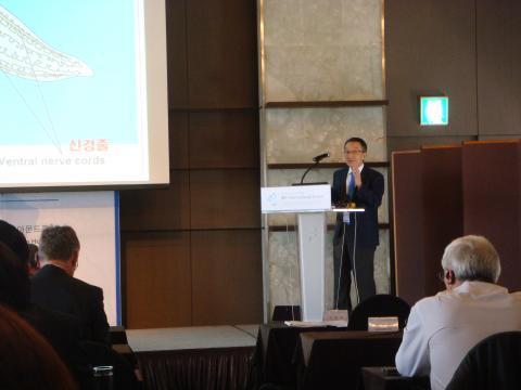 신희섭 IBS단장이 '뇌과학 연구의 글로벌 비전'에 대해 발표했다.