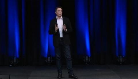 기조연설 중인 스페이스X의 일론 머스크 CEO ⓒ SpaceX