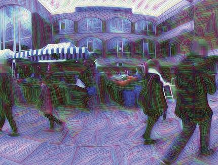서섹스대학의 인지과학 연구소에서 '딥드림'과 VR을 이용해 제작한 환각 동영상. 약물 체험자들의 환각 경험과의 비교를 통해 사람 뇌 안에서 환각 메카니즘이 어떻게 작용하는지 분석하는데 성공을 거두고 있다.