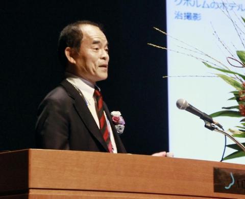 """나카무라 교수는 """"일본 교육 시스템이 일본과 그를 둘러싼 상황이 계속 크게 변하고 있는데 구태의연하게 고도성장기의 가치 기준에 맞춘 상태 그대로""""라며 """"(기득권을 누리는) 관료가 손도 대지 않고 내버려둔 채로 왔기 때문""""이라고 진단했다. ⓒ 연합뉴스"""