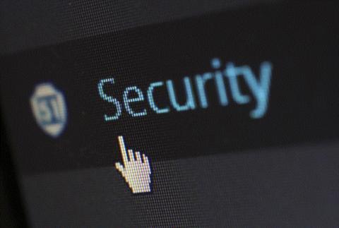 소프트웨어의 안전은  '세이브티(safety)'와 '시큐리티(security)'가 동시에 적용되어야 한다.  ⓒ Pixabay