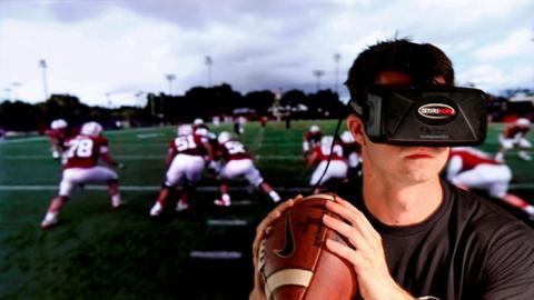 실제 미식축구를 하는 듯한 몰입감을 안겨주는 Strivr Lab의 가상현실 훈련 프로그램 ⓒ Sports Wearable