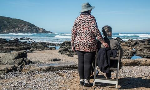 무드셀라 증후군은 주로 60대 이상의 노년층에게서 많이 나타난다