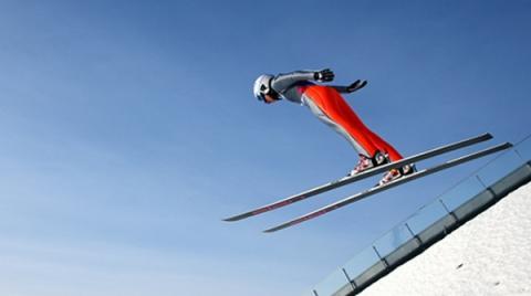 스키점프는 하늘을 날고 싶은 인간의 욕망을 스포츠로 승화시킨 종목이다