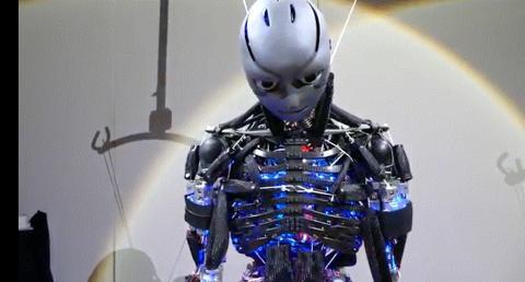 일본 도쿄대학 유키 아사노 박사팀이 개발한 휴머노이드 로봇인 '겐고로(Kengoro)'. ⓒYoutube.com