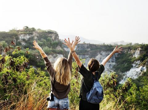 여행은 친구를 만드는 좋은 방법이다. ⓒPixabay