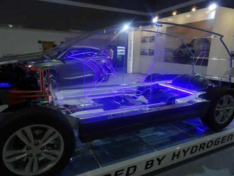 지난 8월 K트렌드쇼장에서 선보인 현대 수소전기차 '넥쏘'.