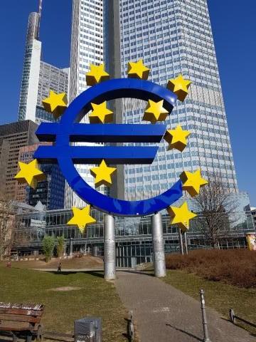 유럽중앙은행(CEB)과 유로화.  ⓒ 박여정
