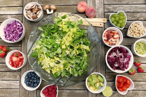 동의보감에 따르면 여름철에는 깻잎, 부추, 오이, 수박, 열무 등의 제철음식이 우리 몸에 이롭다고 전한다. ⓒ ScienceTimes