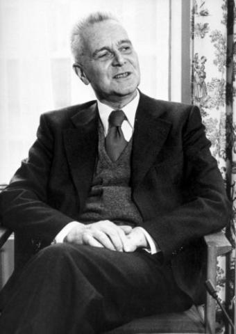 1969년에 최초의 노벨 경제학상을 수상한 얀 틴베르헌. ⓒ Nationaal Archief