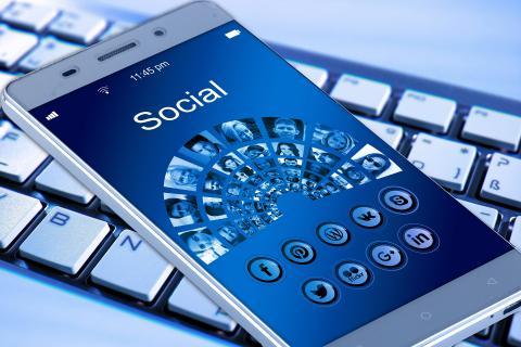사이트에 개별적으로 회원가입하기가 귀찮아 소셜 미디어를 이용해 접속할 경우 최대 70개의 개인정보가 제공될 수 있다는 발표가 나와 충격을 주고 있다. ⓒ pixabay.com