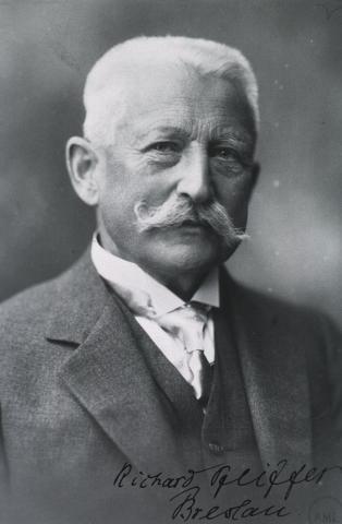 인플루엔자 균을 발견한 리하르트 파이퍼(1858~1945).  ⓒ 위키백과 자료