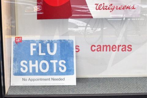 영어권에서는 인플루엔자는 줄여서 '플루'라고 한다. 우리도 신종 인플루엔자를 신종 플루라 부르기도 한다.  'flu shot' 은 인플루엔자 예방주사란 뜻이다. 인플루엔자 접종 광고. 샌프란시스코.  ⓒ 박지욱 / ScienceTimes