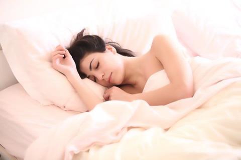 잠을 잘 자야 두뇌가 맑아진다. ⓒPixabay