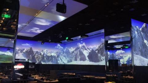 360도 입체 투영이 가능한 LED를 통해 고객들은 다양한 풍경을 눈으로 즐기며 식사할 수 있다.  ⓒ 임지연 / ScienceTimes