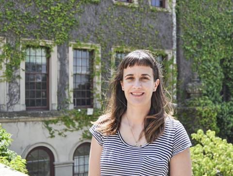 연구를 이끈 남아공 케이프타운대 지질학과 및 인간진화연구소 로빈 피커링 박사.  CREDIT: Jayne Wilkins