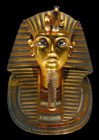 고대이집트의 소년왕 투탕카멘왕의 황금가면 ⓒ Free photo