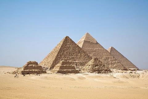 고대이집트 문명을 상징하는 건축물인 피라미드 ⓒ Ricardo Liberato