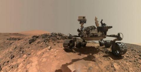 화성 탐사 로봇인 오피튜니티은 모래폭풍으로 인해 교신이 끊긴 상황이다  ⓒ NASA