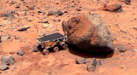 1997년 화성에 착륙한 패스파인더호의 탐사로봇 소저너 ⓒ NASA
