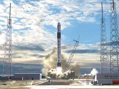 일론 머스크가 이끄는 우주탐사기업 스페이스X가 지난 5일 세번째 재활용된 로켓으로 올해만 20번째 로켓 발사에 성공해 민간우주항공시대가 다가왔음을 실감케 하고 있다.  ⓒSpaceX