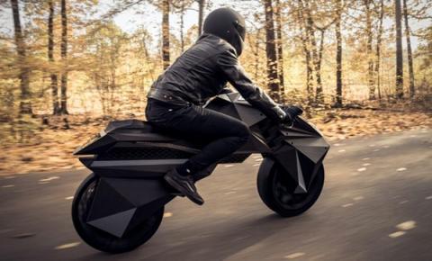 배트맨이 타는 바이크와 유사한 e-Bike인 네라가 개발되어 주목을 끌고 있다. ⓒ Bigrep
