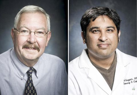 연구를 수행한 미국 앨라배마대의대 블레이락(J. Edwin Blalock) 교수(왼쪽)와 아미트 가가르(Amit Gaggar) 박사. CREDIT: UAB