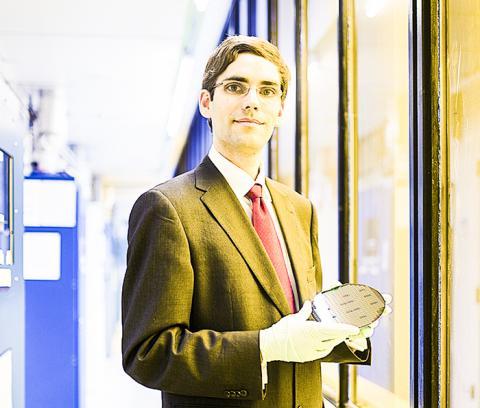 논문 시니어저자인 MIT 전기공학 및 컴퓨터과학부 토마스 팔라시오스 교수. Photo: Bryce Vickmark