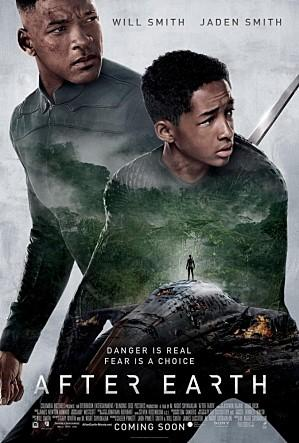 인류가 떠난 이후 황폐해진 지구를 묘사한 영화 애프터어스의 포스터 ⓒ 월트디즈니스튜디오코리아(주)