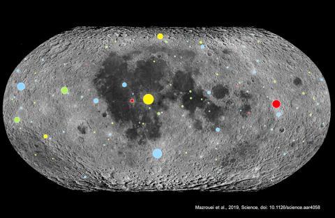 미국 남서연구소(SwRI)는 지구에서의 소행성 충돌 역사를 이해하기 위해 루나 정찰위성 데이터를 사용해 달의 충돌구 크기를 재고 나이에 따라 색상을 입혔다. 달 표면에는 연대가 2억9000년 이하의 충돌구(파란색)들이 대다수이며 이는 지구의 것과 일치한다. 이 같은 사실은 지구와 달 모든 2억9000만년 이후 소행성 내습이 증가했다는 것을 가리킨다.  CREDIT: NASA/LRO/USGS/University of Toronto