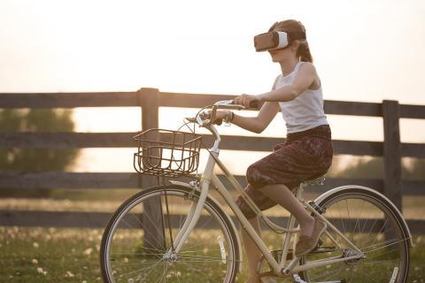 가상현실 기술이 신체와 마음의 고통을 경감해주고 힐링을 가져다 줄 수 있을까.  ⓒ pixabay