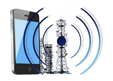 와이파이 신호를 전원으로 사용하게 되면 머지 않아 배터리 없는 휴대전화를 사용할 날이 올 것으로 기대된다. ⓒ Pixabay