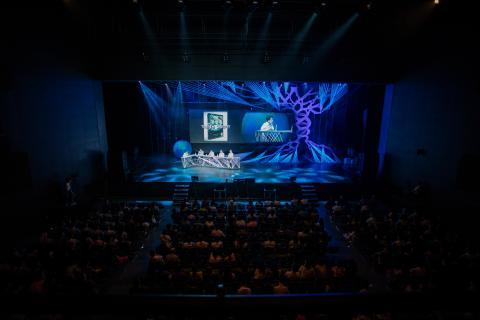 카오스 콘서트는 대중들에게 쉽고 재미있는 과학을 전파하기 위해 다양한 시도를 계속 하고 있다. (사진 = 2017 카오스 콘서트) ⓒ  KAOS 재단