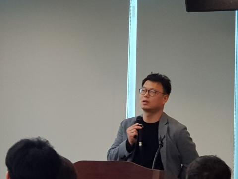 송영기 대표가 '자율주행서비스의 현재와 미래 발전 방향'에 대해 발표했다.