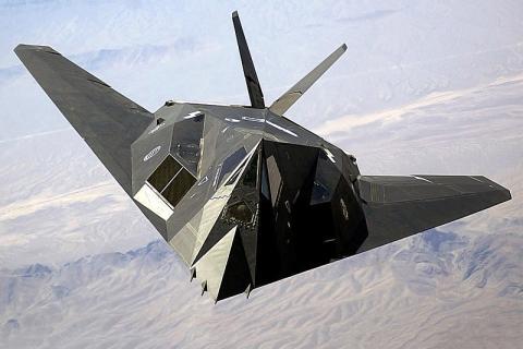 최초의 스텔스 전투기인 F117의 모습 ⓒ ⓒ GNU Free Documentation License