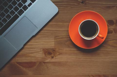 커피는 수면을 방해한다는 통념과는 다르게, 이를 이용한 낮잠자기 방법도 있다. ⓒ Pixabay