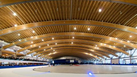 거대한 목재 지붕을 가진 캐나다의 빙상경기장 '리치몬드 오벌' ⓒ 국립산림과학원